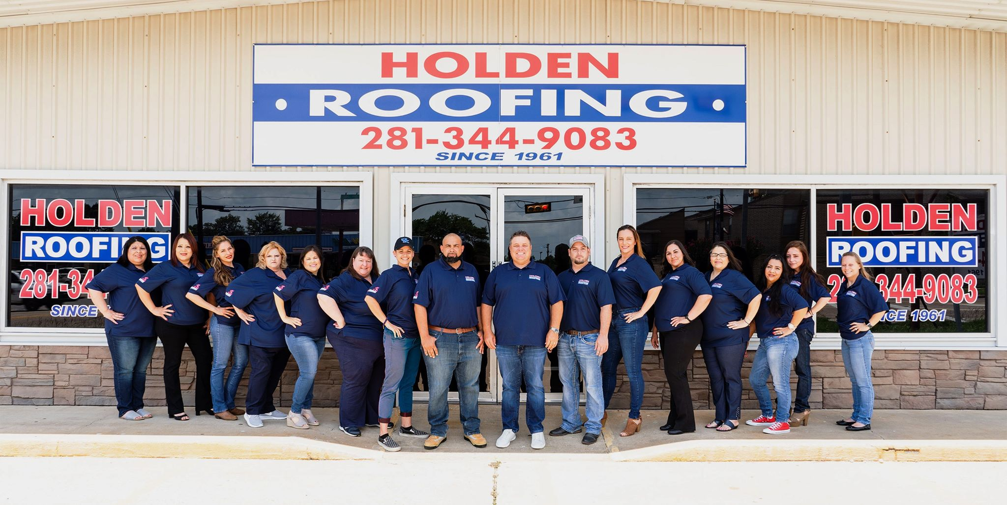 holden roofing team